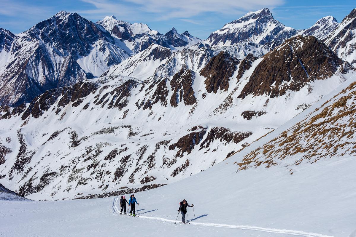 Aufstieg zur Eisbruggspitze - links im Hintergrund die Wurmaulspitze