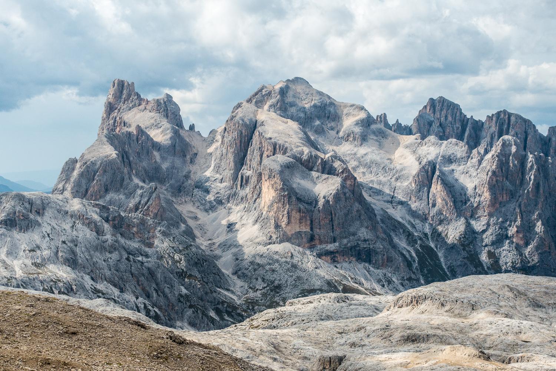 Gipfelblick von der Cima Fradusta zum Cimone della Pala und zur Cima Vezzana