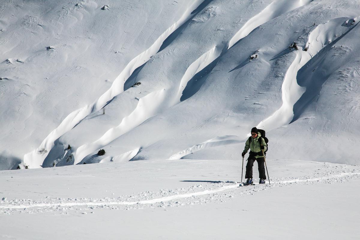 Schneeverfrachtungen oberhalb der Bamberger Hütte