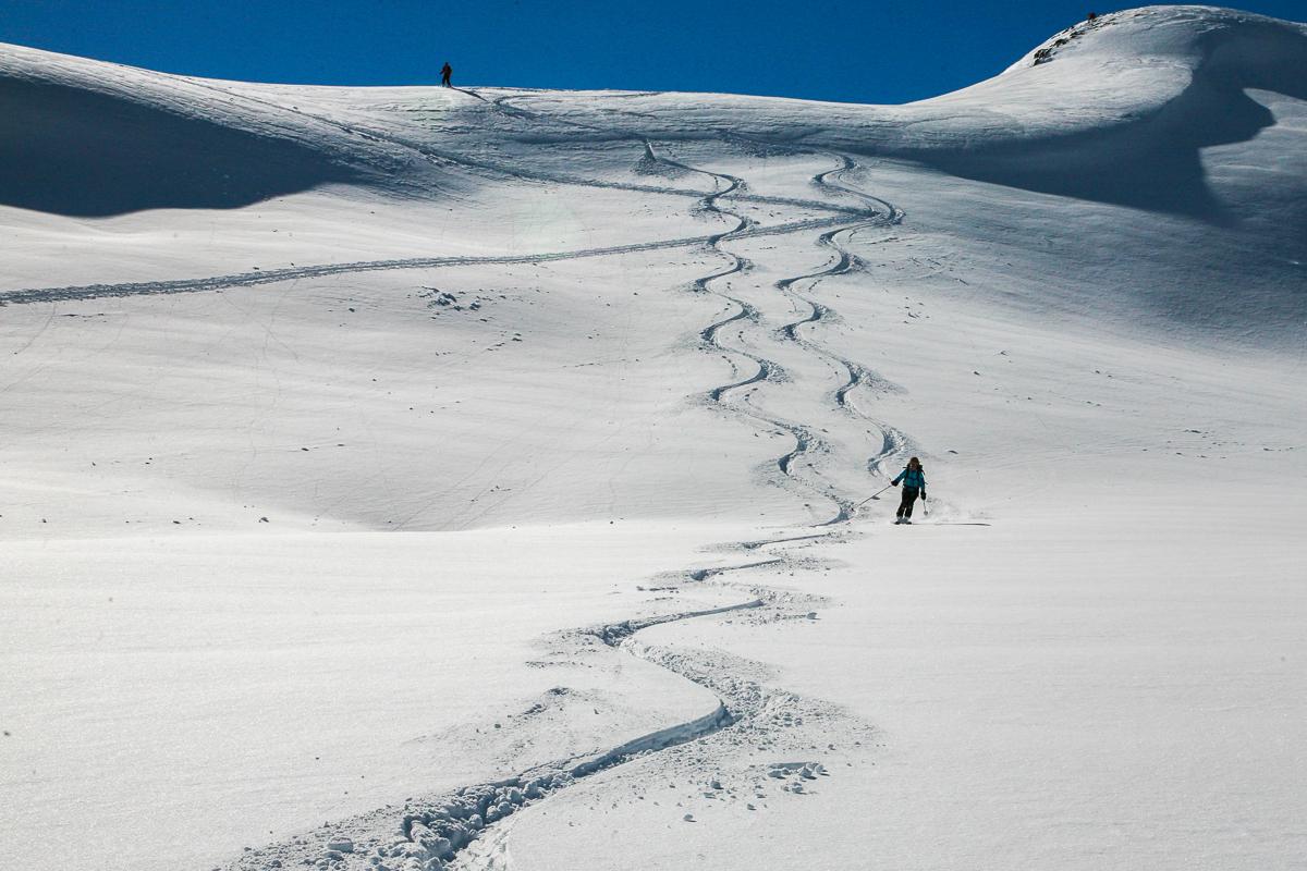 Abfahrt bei besten Bedingungen vom Schwebenkopf in den Kitzbüheler Alpen