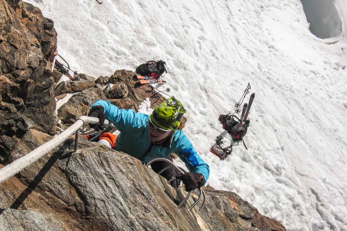 Ein kurzer Klettersteig bringt uns auf das Balmenhorn